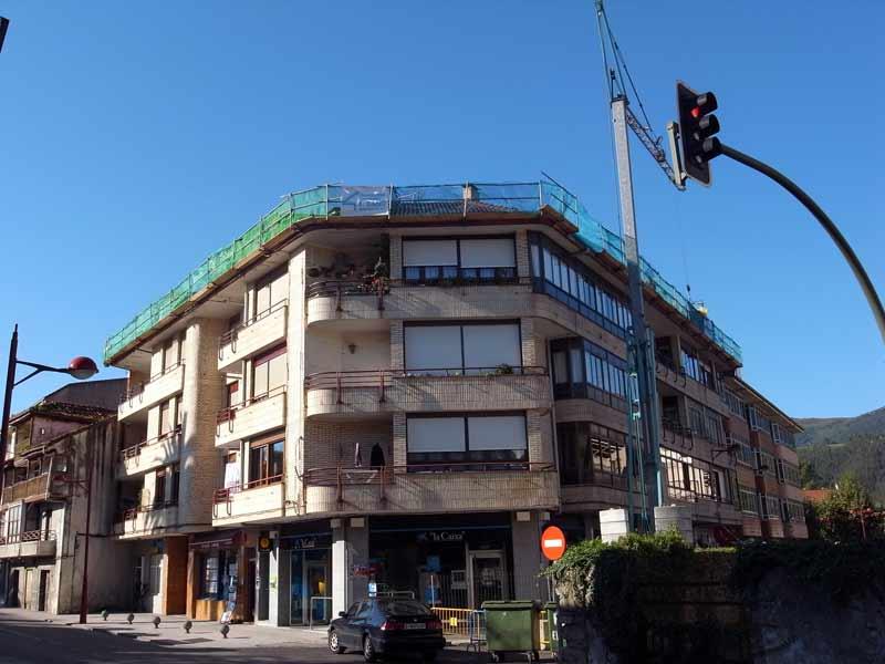 Rehabilitacion-bloque-de-viviendas-en-Ampuero